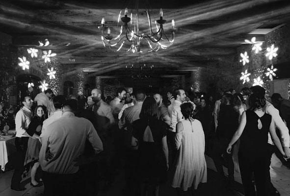 Dj Mariage Perpignan, musique mariage costa brava, dj mariage blanes, dj perpignan, dj mariage occitane , dj Carcassonne, dj mariage Carcassonne, dj Narbonne, dj mariage Narbonne, dj Montpellier, dj mariage Montpellier,