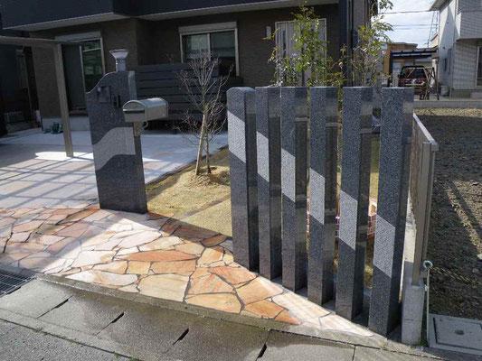 玄関 石製デザイン門柱
