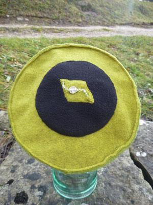 Un chapeau et son bijou !