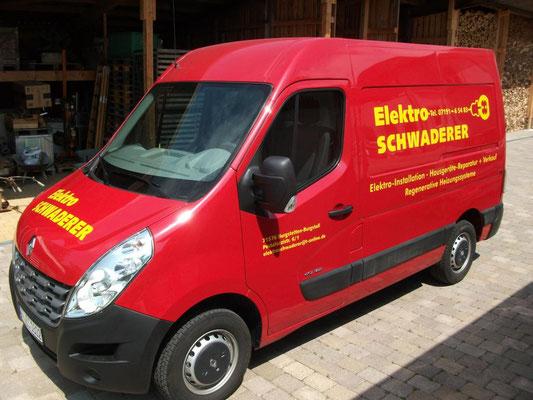 Backnang Fahrzeugfolierung für Fa. Schwaderer, Front und Seite
