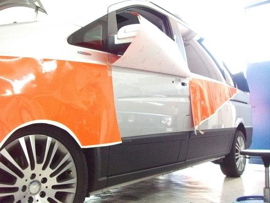 Perfekte Fahrzeugbeschriftung Detail