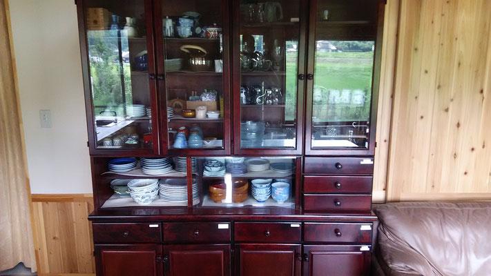 食器棚 *自由に使えます