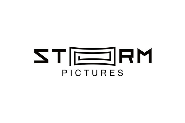STORM PICTURES ロゴ