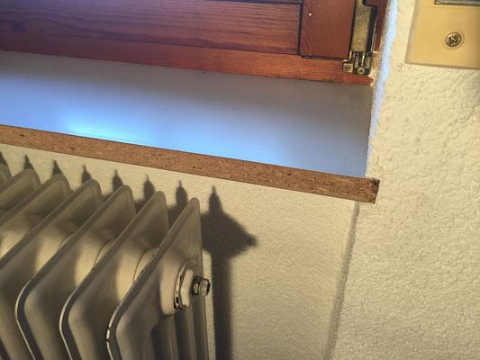Holzfensterbank aufkleben Ansicht eins