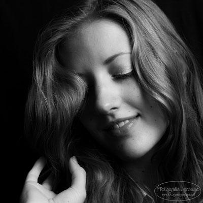 Fotografie, Jeronimo, Roosendaal, Brabant, portretfotografie, portretfotograaf, fotoshoot, portret, zwartwit, 14
