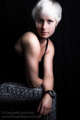 Fotografie, Jeronimo, Roosendaal, Brabant, portretfotografie, portretfotograaf, fotoshoot, fotostudio, portret, kleur, 18
