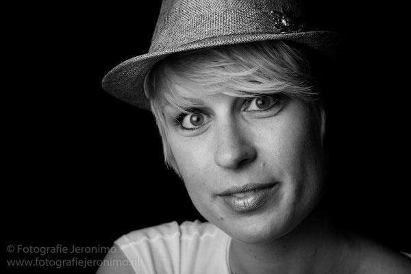 Fotografie, Jeronimo, Roosendaal, Brabant, portretfotografie, portretfotograaf, fotoshoot, portret, zwartwit, 4