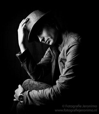 Fotografie, Jeronimo, Roosendaal, Brabant, portretfotografie, portretfotograaf, fotoshoot, portret, zwartwit, 1