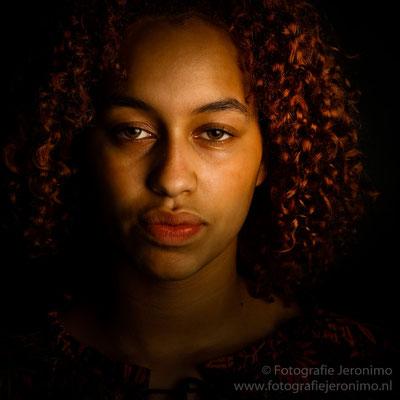 Fotografie, Jeronimo, Roosendaal, Brabant, portretfotografie, portretfotograaf, fotoshoot, fotostudio, portret, kleur, 45