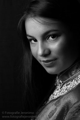 Fotografie, Jeronimo, Roosendaal, Brabant, portretfotografie, portretfotograaf, fotoshoot, portret, zwartwit, 16