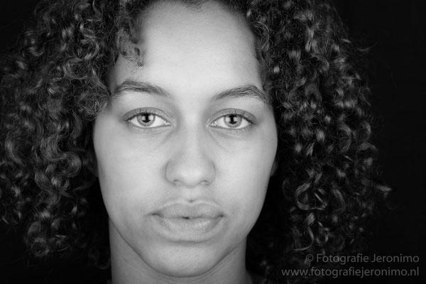 Fotografie, Jeronimo, Roosendaal, Brabant, portretfotografie, portretfotograaf, fotoshoot, portret, zwartwit, 19