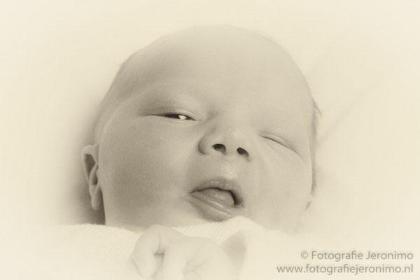 Fotografie, Jeronimo, Roosendaal, Brabant, babyfotografie, newbornfotografie, newborn, baby, kinderfotografie, kinderen, 10