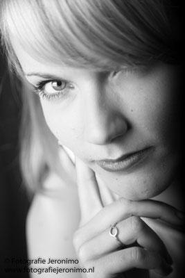 Fotografie, Jeronimo, Roosendaal, Brabant, portretfotografie, portretfotograaf, fotoshoot, portret, zwartwit, 8
