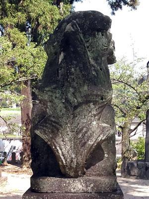 與止日女神社の狛犬【吽形】お尻の写真