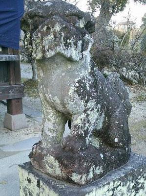 蠣久天満宮狛犬(吽形)