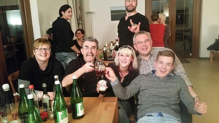 19.12.15 / DANACH AUF DEM SCHÜLKE HOF - Feiern! :))