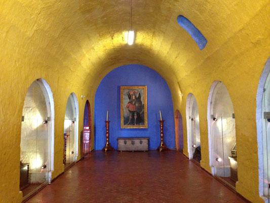 Im Museum essen und übernachten - mit Bolivienline