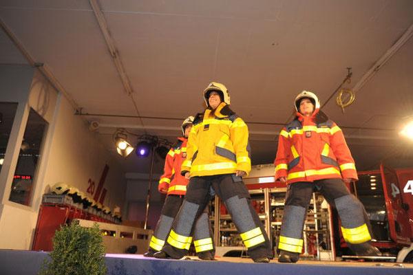 Matchless Mode- Tanzshow für die freiwillige Feuerwehr Zug FFZ