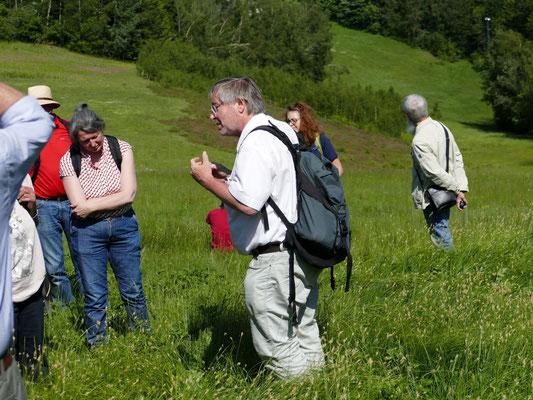 Gerhard Nagl gab einen faszinierenden Einblick in die Welt der Wiesen