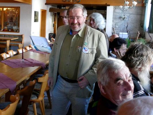 Gerhard Nagl trifft ein. Foto: Norbert Ephan