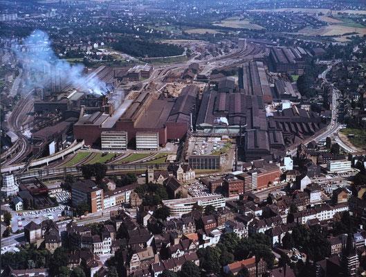 Areal des heutigen Phönix Sees mit der ehem. Hermannshütte, in einer Luftaufnahme aus den 70er Jahren Quelle: Denkmalbehörde