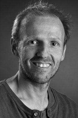 Ulrich Krämer http://www.solarplus-dortmund.de/umwelt_und_solarbuero.php