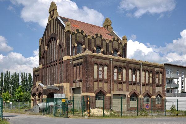 Lohnhalle der denkmalgeschützten ehem. Zeche Westhausen | Juni 2009