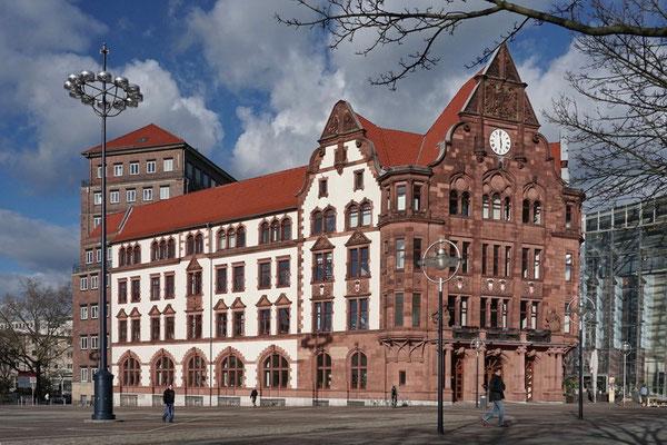 Altes Stadthaus (1899) Dortmund mit Berswordthalle