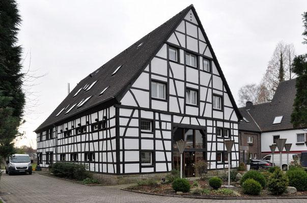 Dortmund - Menglinghausen   Lennhof
