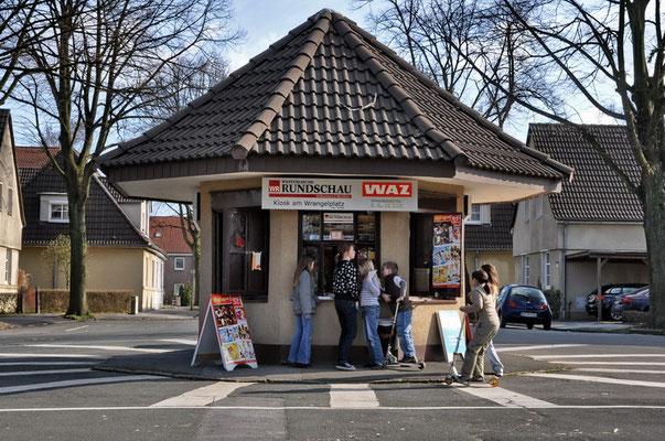 """""""Schnapscasino"""" Emil-Kirdorf-Siedlung, Dortmund -  Eving, Wrangelplatz"""
