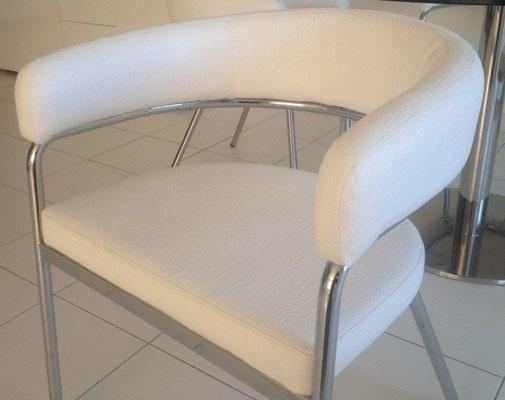 chaise en simili croco