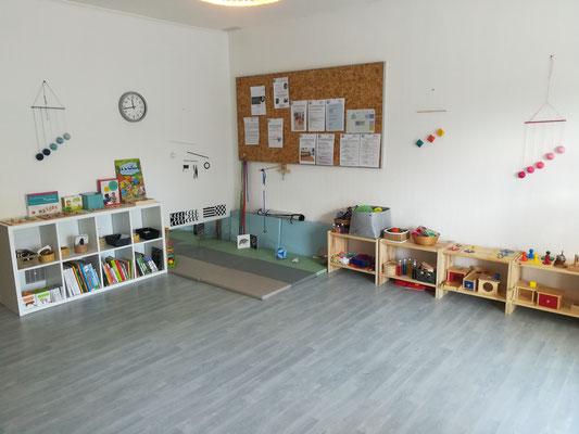 Espace Nido Montessori de la salle d'activités