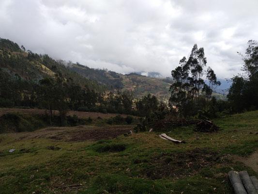 600 Höhenmeter und 3,5 km Luftline weiter unten im Tal befindet sich Curahuasi.