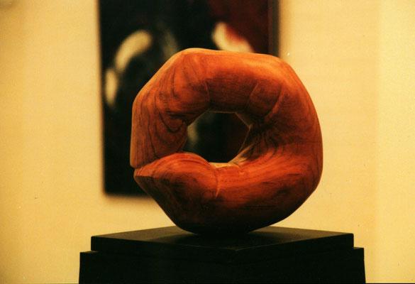 """1999 """"In the here and in the now"""" sculpted by Marian van Zomeren- van Heesewijk in  teak  25 x 23 x 10 cm."""