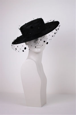 STRAW HAT WITH VEIL AND SILK LINED - €430 -