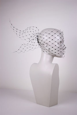 VEIL WITH SWAROVSKI CRYSTALS - €190 -