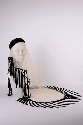 FELT HAT WITH VEIL - SOLD -