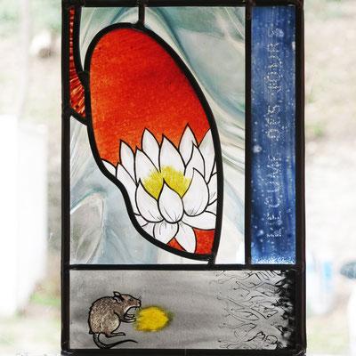 """""""L'écume des jours"""" hommage à Boris Vian. Vitrail au plomb monté sur socle."""