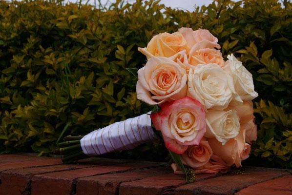 Eventos Casa El Misterio Cajicá Boda Matrimonio decoración bouquet novia