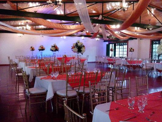 salón decorado para recepción boda en Cajicá