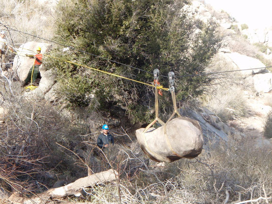 Flying a 2400 lb. rock, SCA/PCTA rigging workshop, Splinter's Creek, CA, 2010
