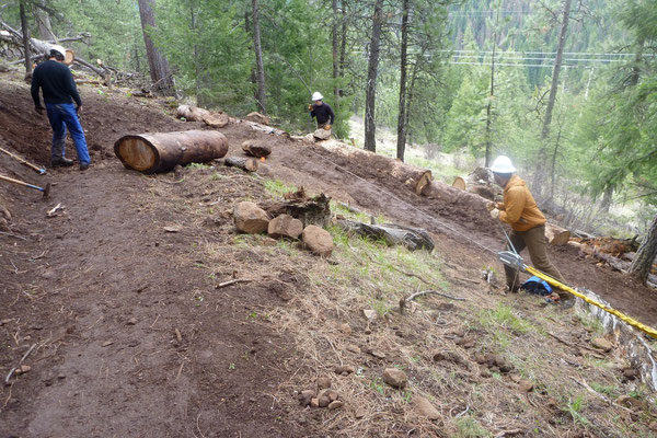 Rebuilding a switchback, SCA project leader training, Umatilla National Forest, OR, 2011
