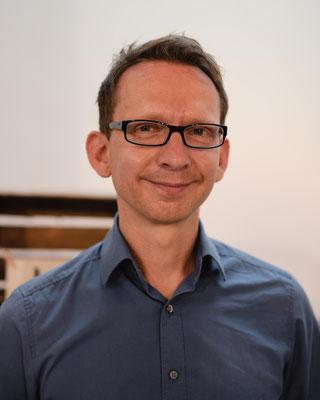 Pastor Tobias Knierim