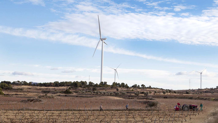 Proyecto planificado, diseñado y desarrollado por Eolic Partners: Parques Eólicos Torre Madrina, Coll del Moro y Vilalba dels Arcs. Terra Alta, Cataluña, España. Inaugurados entre el 2010 y 2012 - Copyright Eolic Partners