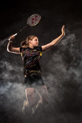 Badminton Aufschlag