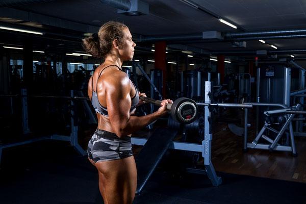 Bodybuildingfotograf Bodybuilderin