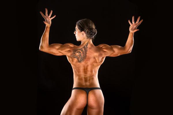 Posing Fitness