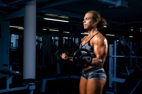 Bodybuildingfotos im Gym