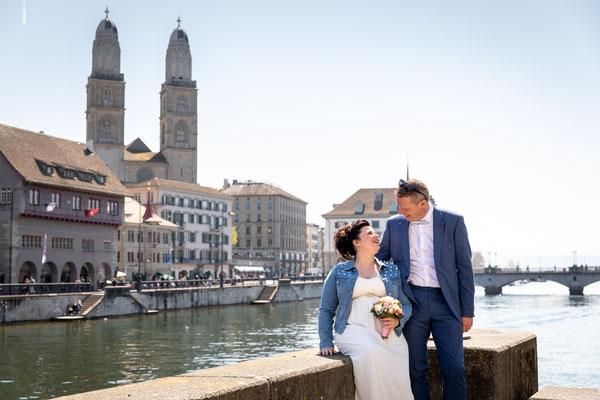 Hochzeitsfoto auf der Ratshausbrücke