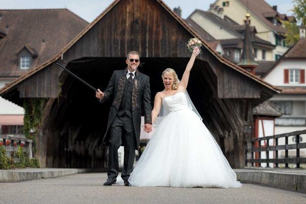 Das Brautpaar geniesst den Tag